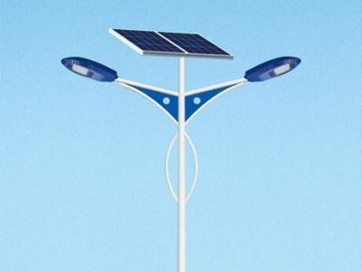 模组化太阳能路灯价格比普通路灯价格高在哪里?