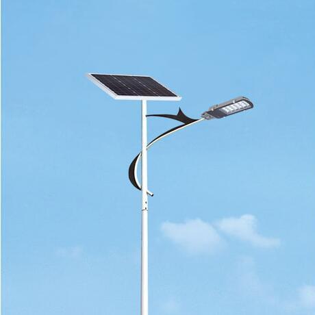 太阳能路灯间距受哪些因素影响?